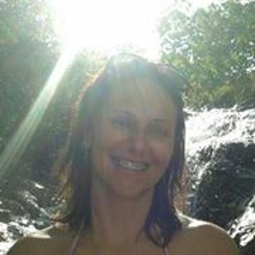 Viviane Vieira 8's avatar