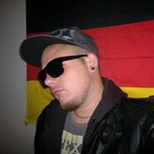 Felix Strunz's avatar
