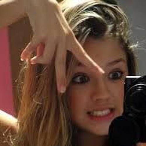 Bruna Mattos 7's avatar