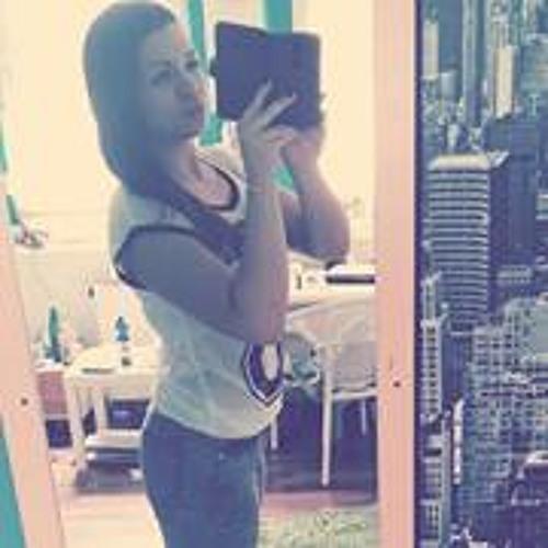 Marina Green 3's avatar