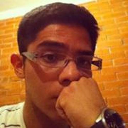 Omar Rugerio's avatar