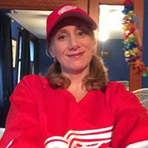 Connie Lynn's avatar