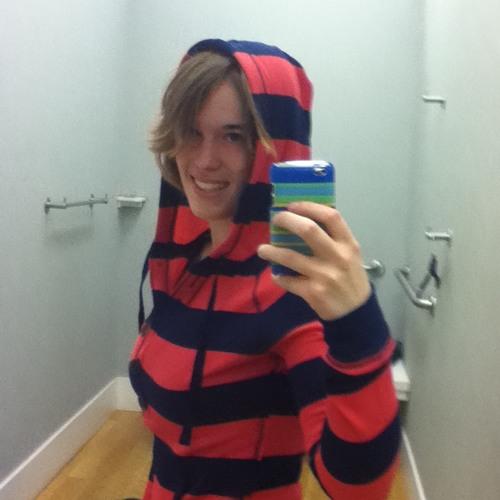 Alyson Hatton's avatar