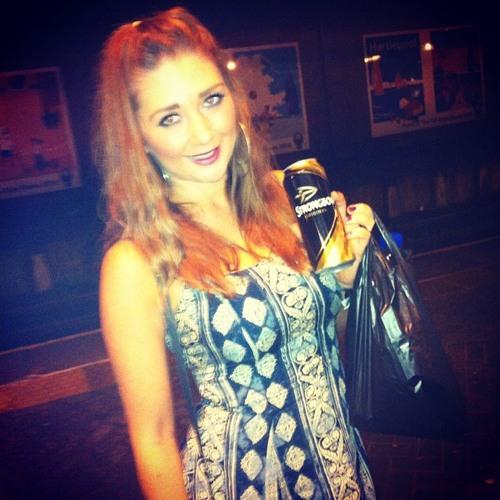 Naomi Ward 1's avatar