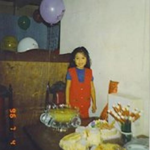 Charm Alvarez's avatar