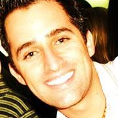 Carlos Mahana's avatar