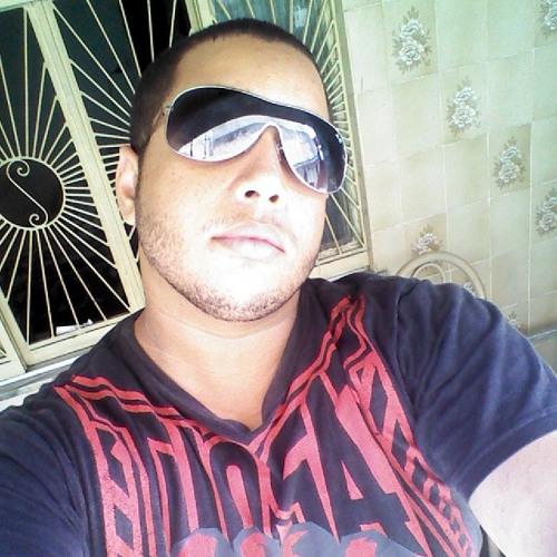 Lucas Bastos21's avatar