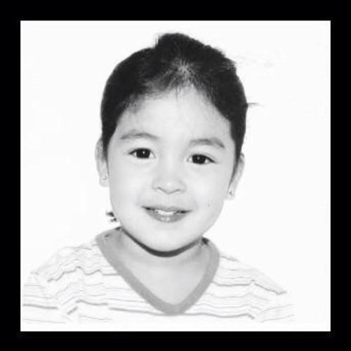Alyza CheRiz's avatar