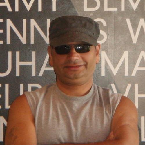 Ezzat Wisman's avatar