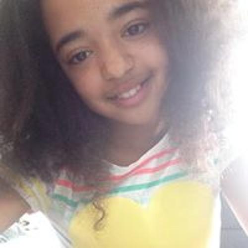 Monique Lorenz 1's avatar