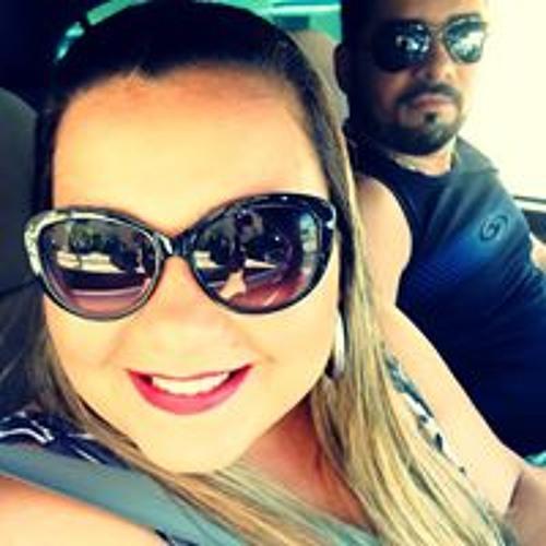 Marília Garcia 1's avatar