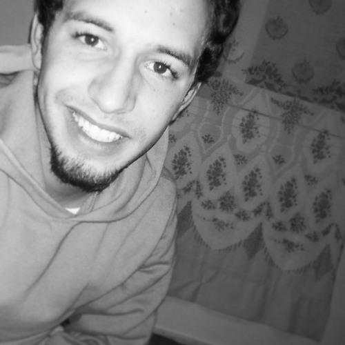 E-Larache's avatar