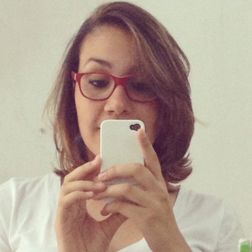 Fernanda Brito's avatar