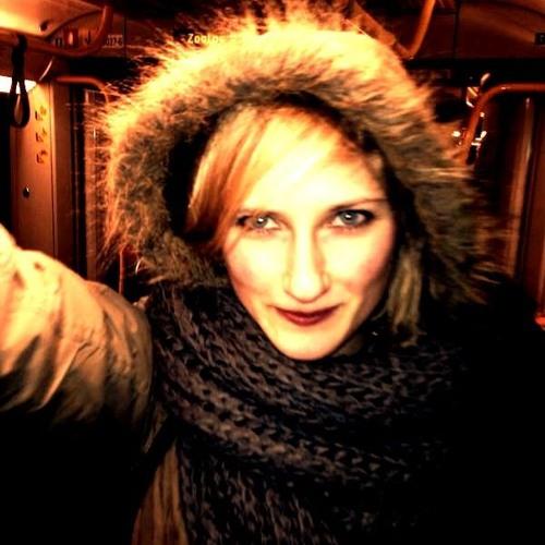 LenaLaune's avatar