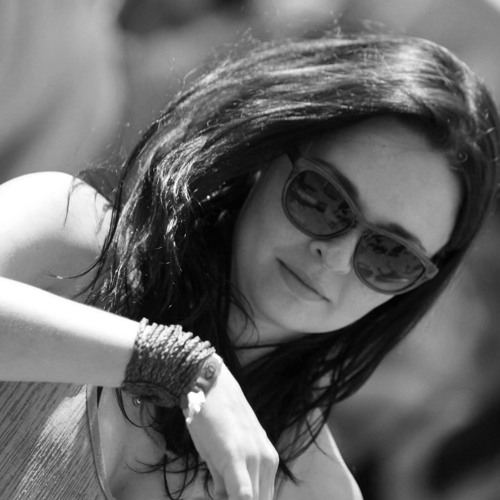 Carol Marques 3's avatar