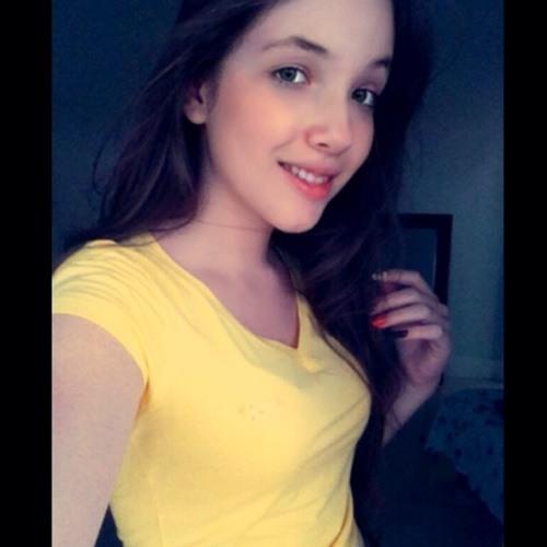 Maria Fernanda Zanin's avatar