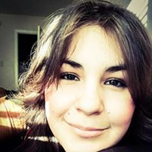 Carla Contreras 10's avatar