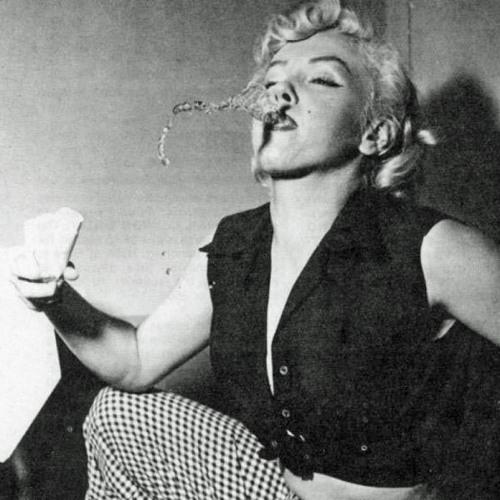 Mariposapontiac's avatar