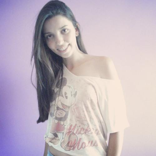Michelle Cândida's avatar