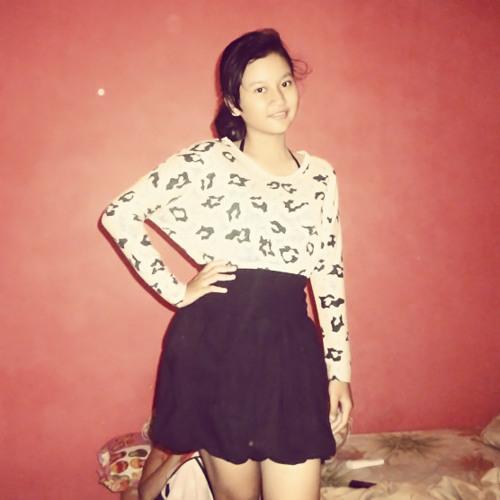 @nandaaprilina's avatar