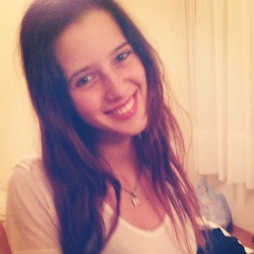 Ayelen Vicente's avatar