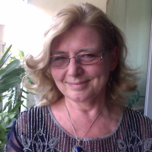 Karen Minkkinen Page's avatar