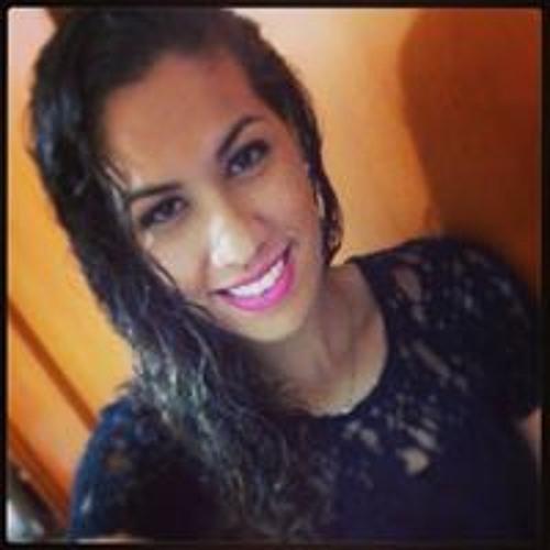 Júlia Santos 74's avatar