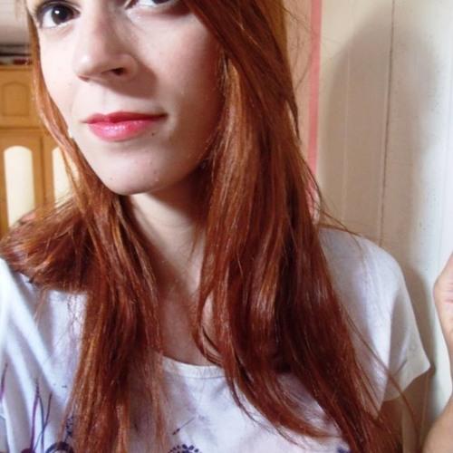 Bruna Accioly's avatar