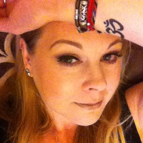 Tessa 20's avatar
