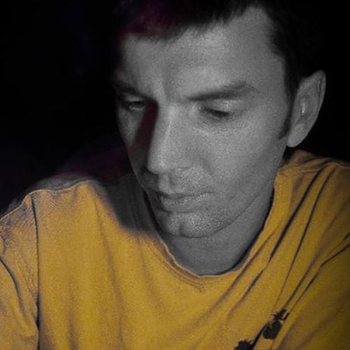Destin Roe's avatar