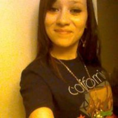 Stephanie Vega 16's avatar