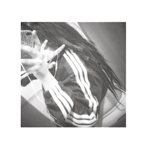 Nicolee's avatar
