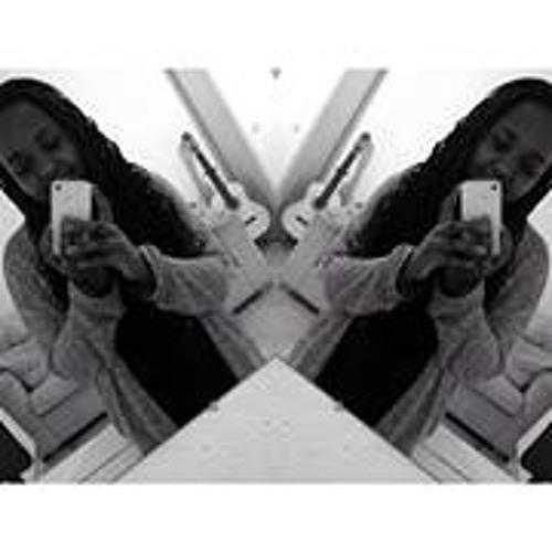 Lilly Grace Uwineza's avatar
