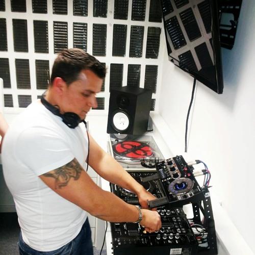 Daniel IR DJ's avatar