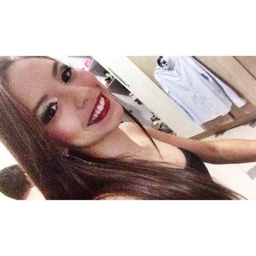 AdriannyMaues's avatar