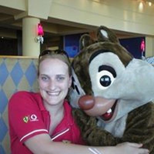 Laura Munro 8's avatar