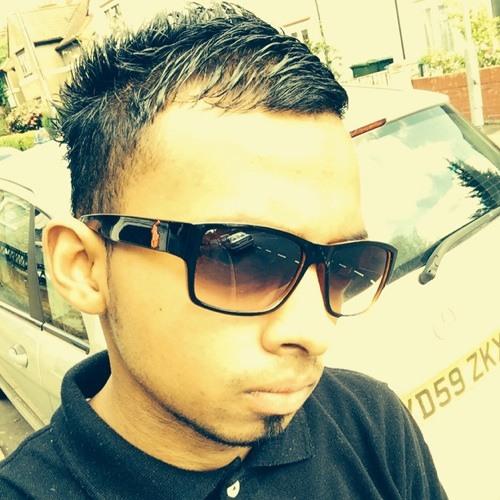 Mo Yaz's avatar