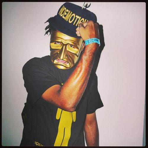 NoEmotion Goldmask's avatar