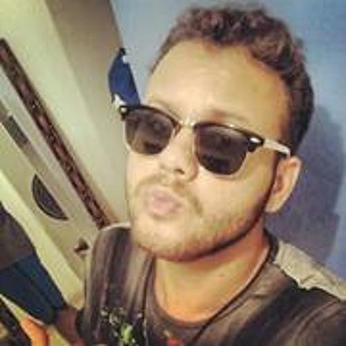 Karylan Christian's avatar