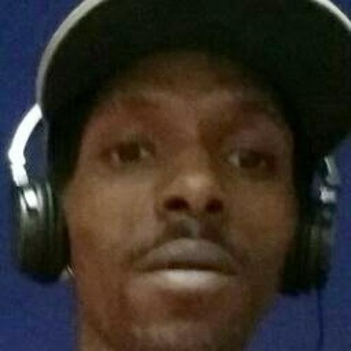 Lloyd Richards 4's avatar
