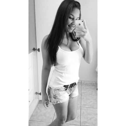 Bárbara Tavares 7's avatar