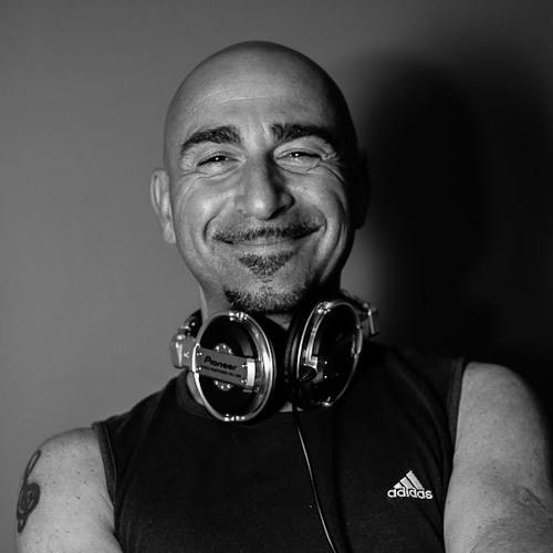 Corrado ᴰᴶ's avatar