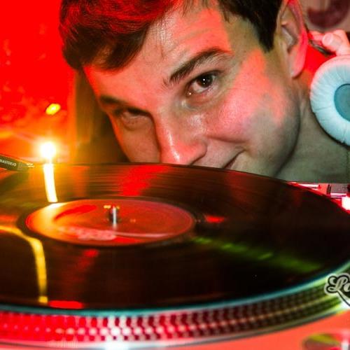 DJ Guilherme Silvério's avatar