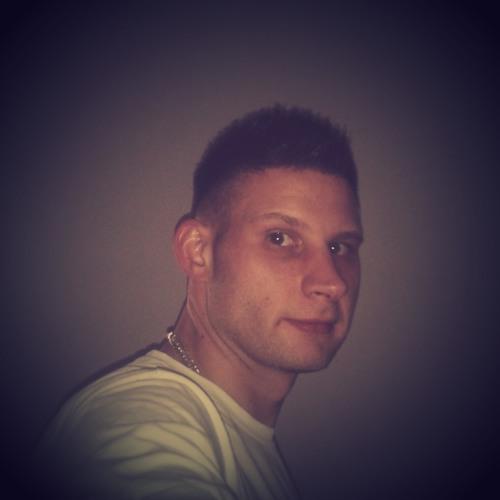 Benjamin Hillmann 1's avatar