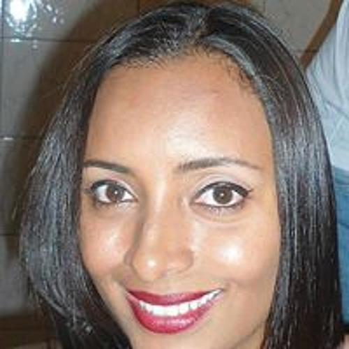 Camila Souza 99's avatar
