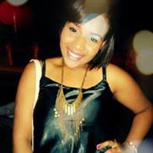 Renata Reis 26's avatar