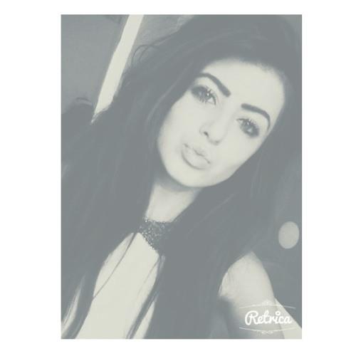 __lauraaaxo's avatar