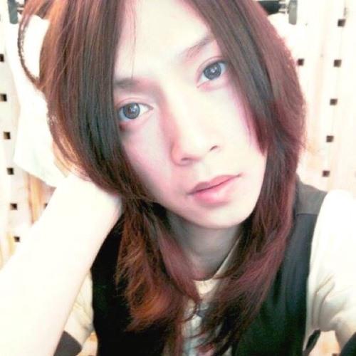 Mu Ling Chung's avatar