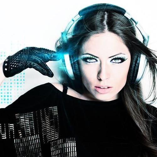 Lore AmoMusic's avatar