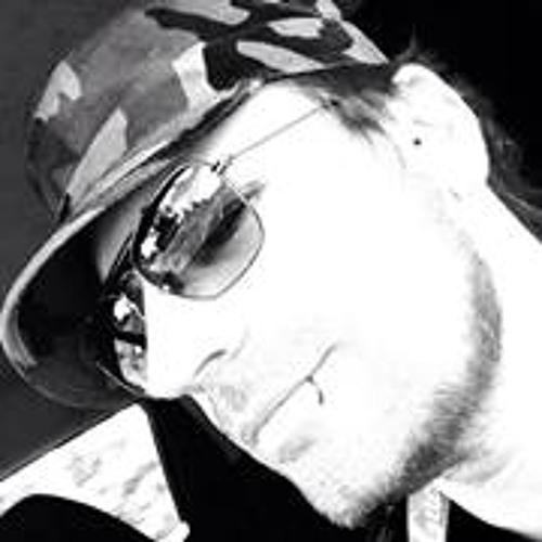 Victor Moscovicev's avatar